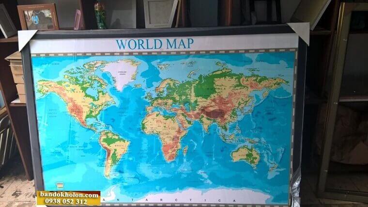 Bản Đồ Thế Giới Đóng Khung 06